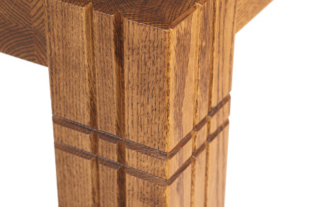 Phoenix Table in Pecan Quarter Sawn Oak, Leg Detail