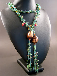 Nature Nut Lariat