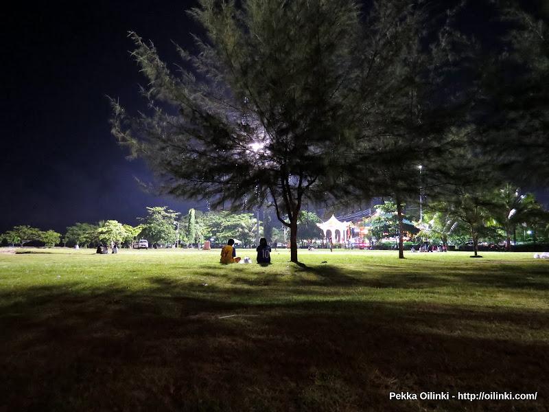 Saphan Hin, Phuket - Friday night at the park