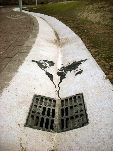 environmental-graffiti-street-art-08.