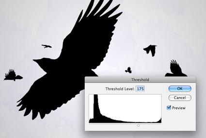 Limiar alterado para deixar os corvos como silhueta
