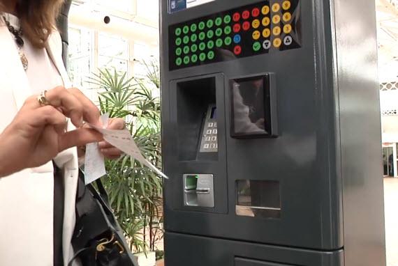Los nuevos parquímetros del SER que funcionarán desde julio de 2014