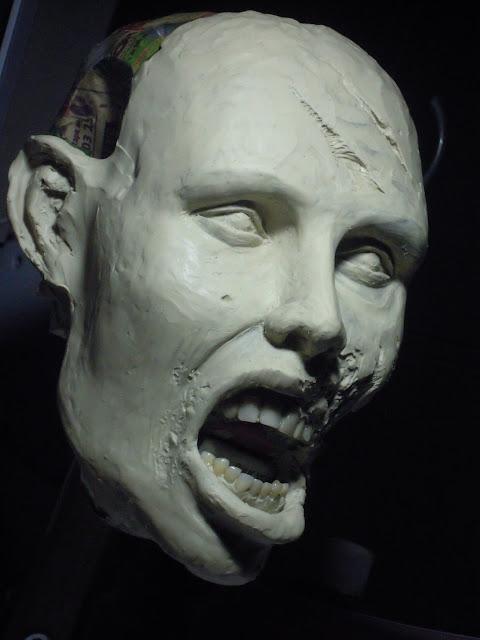 Buste échelle 1 zombie girl DSCN1505