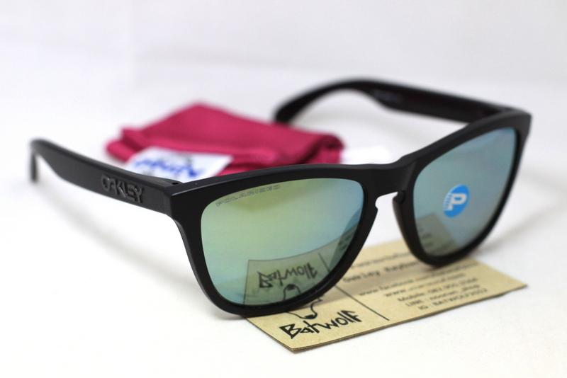 oakley frogskin sunglasses matte  frogskins matte black with black iridium polarized 4800 ???