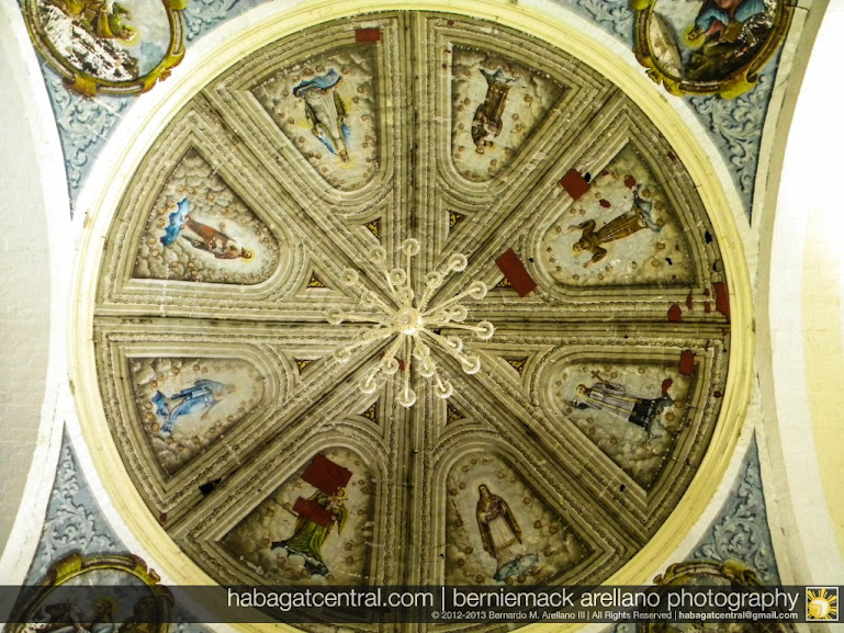 The main cupola ceiling of Loon Church