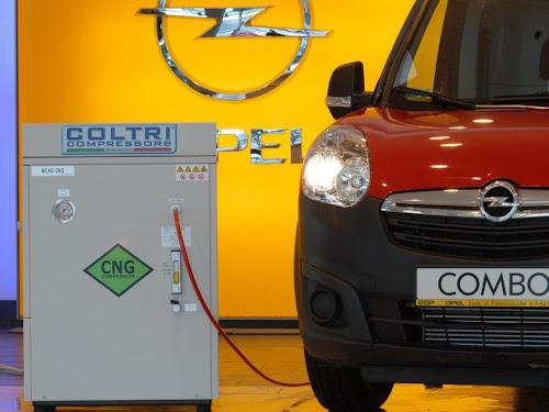Kompresor CNG marki Coltri i Opel Combo 1.4 T-CNG