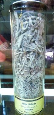 Suszone liście szałwii lekarskiej Folia Salviae dry