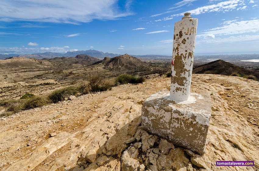 Nikon D5100, 10-20 mm, Paisajes, Vértice geodésico, Valle del Sabinar, Sant Vicent del Raspeig, Montañas, Cabeçó d'Or, Bec de l'Àguila