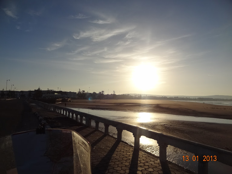 Marrocos e Mauritãnia a Queimar Pneu e Gasolina - Página 3 DSC05576