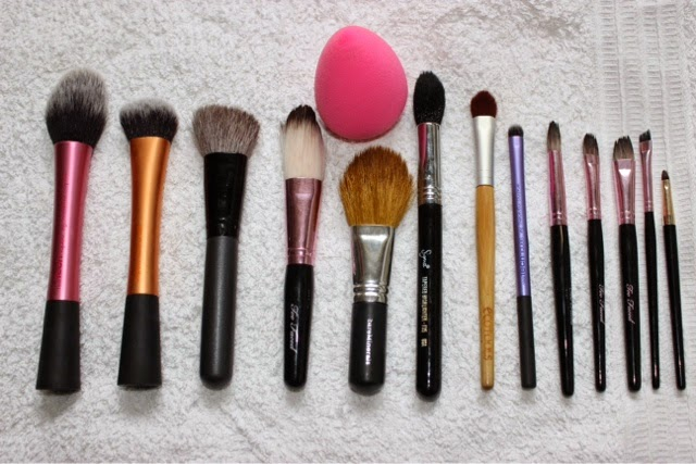 There are a few different ways to clean your makeup brushes I no everyone likes different methods so I am just going to share my main two ways of cleaning ...