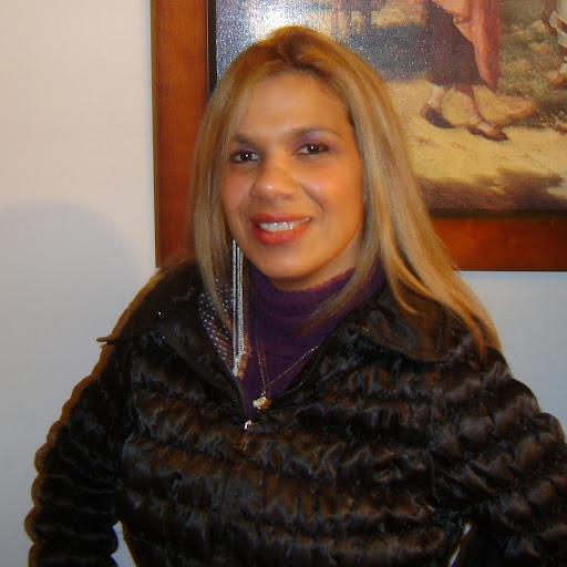 Keila Pinheiro Photo 10