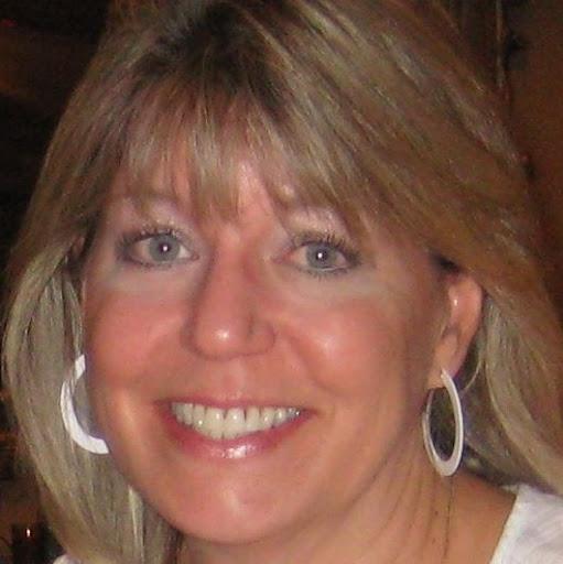 Lisa Dowling