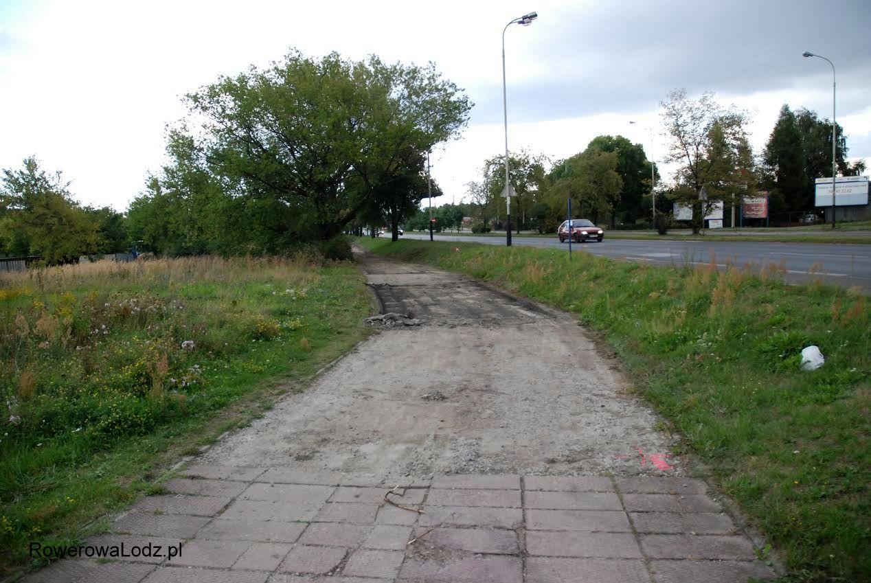 Tam gdzie był asfalt teraz już go nie ma.