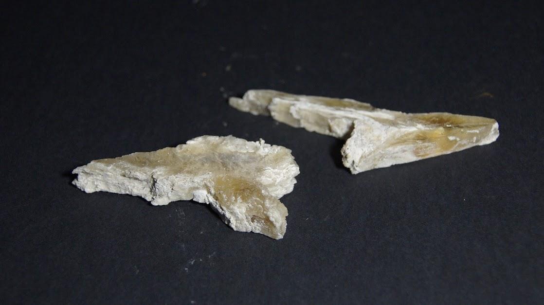 Colección de Minerales Fluorescentes Selenita+punta+de+lanza