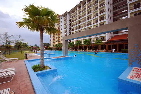 Bukit-Merah-Laketown-Resort