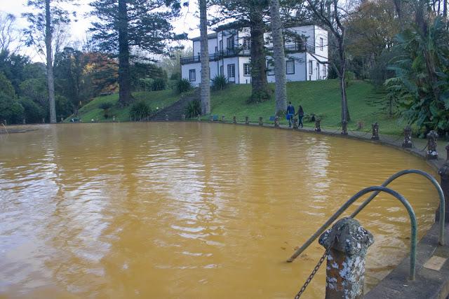 La piscina termal del parque Terra Nostra