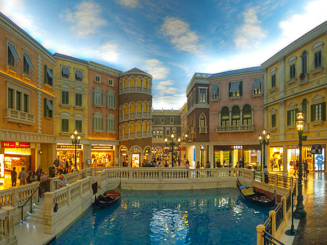 Shoppes Grand Canal at The Venetian Macao