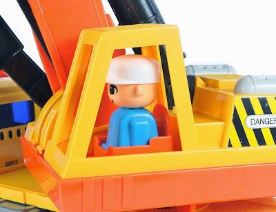 xe-may-xuc-super-shovel-daesung-ds-802-4
