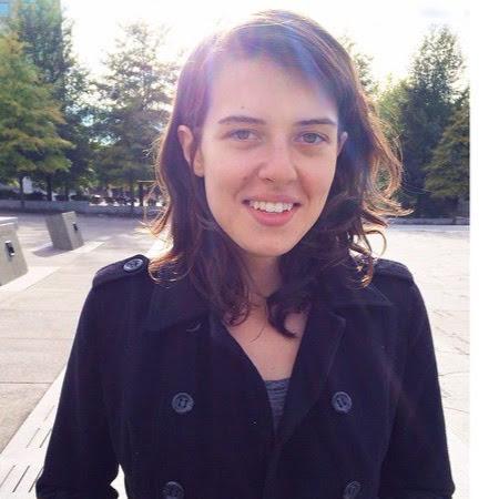 Alexandra Lang Photo 24