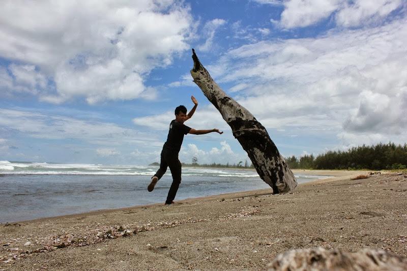 Bengkulu Pantai Teluk Sepang