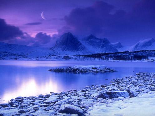 Bộ ảnh ánh trăng trong đêm mùa đông lạnh giá