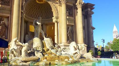 Caesar's Palace The Forum Shops area, Exterior fountain