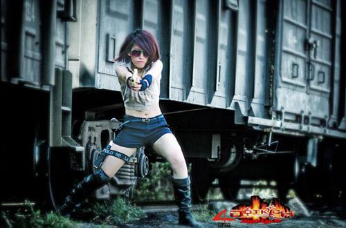 Game thủ Việt tung ảnh cosplay về Đột Kích 15