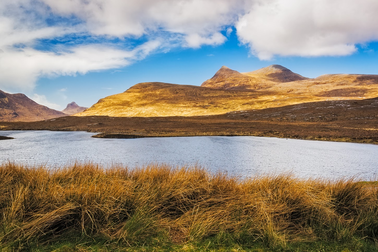 Cul Mor and Stac Pollaidh in the distance (on the left) Image shared today for the…