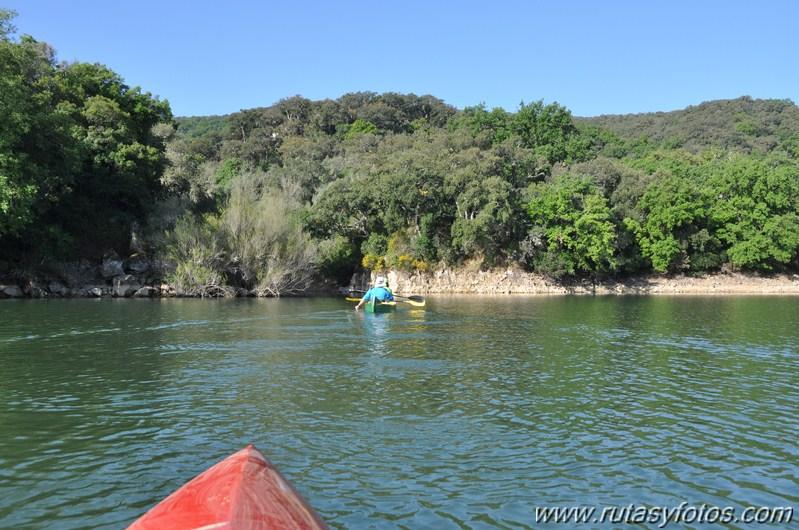Embalse de los Hurones en Kayak