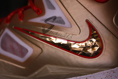 nike lebron 10 pe championship gold 6 04 Nike LeBron X Ring Ceremony PE   Pics & Video by Stickie213