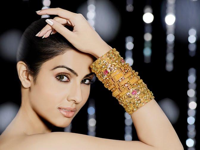 model divya parameshwaran shoot hot photoshoot