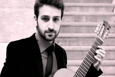 Armen Doneyan, guitarra