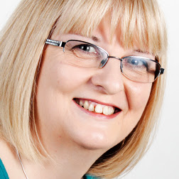 Lynne Hammond Photo 9