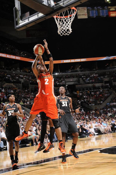 Wearing Brons Diana Taurasi and Swin Cash in Their WNBA AllStar Nike LeBron 8 V2 PEs