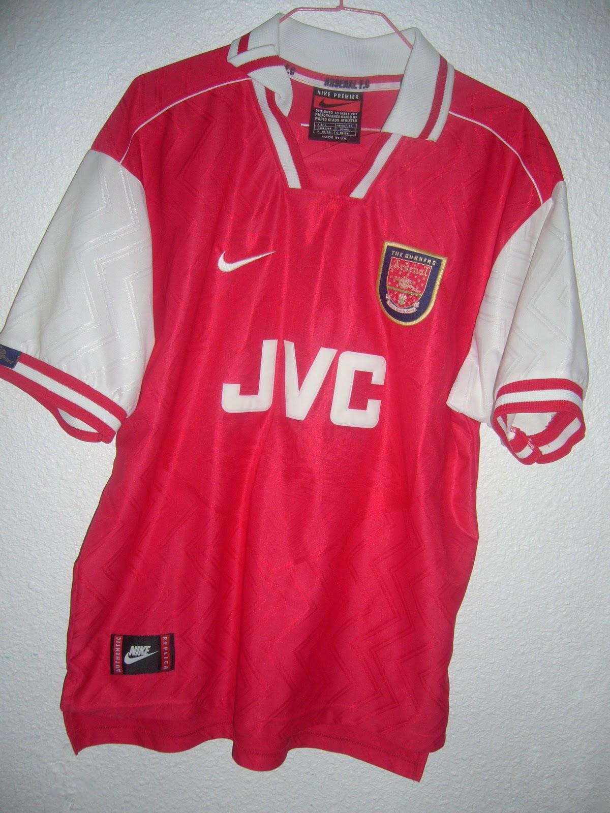 Mi colección de camisetas de fútbol  1ª camiseta Arsenal (Inglaterra ... fcedc749d138c