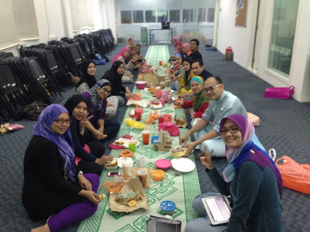Iftar at GLAM with Awesomazing Team