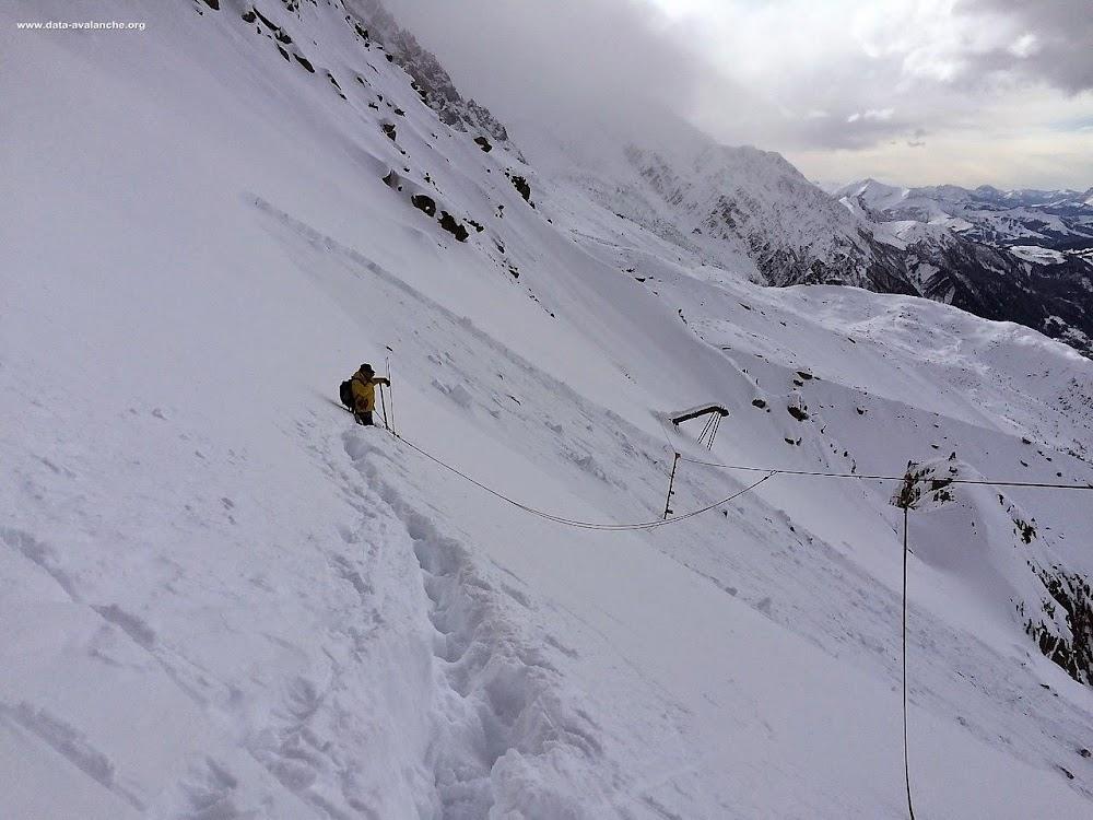 Avalanche Mont Blanc, secteur Aiguille de l'M, Face Nord sous l'Aiguille - Photo 1 - © David Cachat