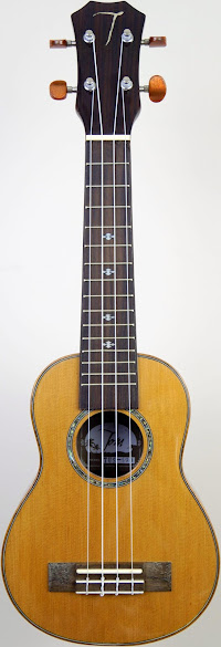 Tom Cedar & Rosewood Acoustic Soprano at Ukulele Corner