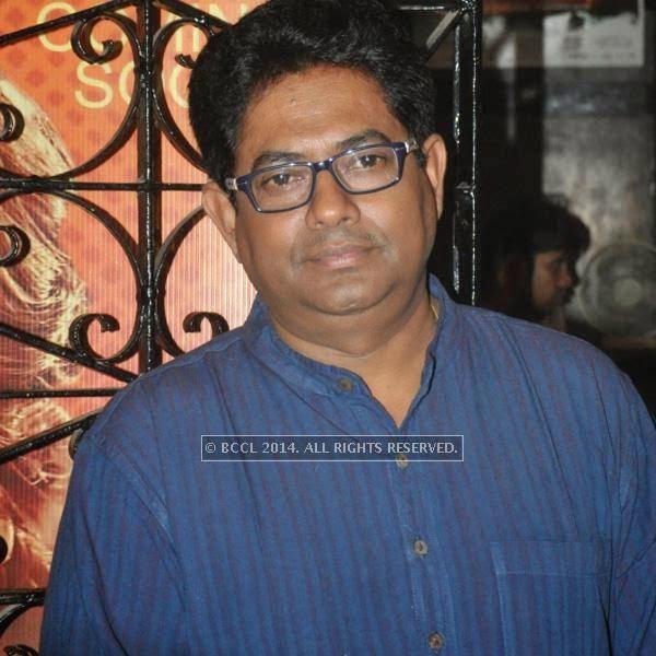 Shankar Chakraborty during the premiere of Ranjan Ghosh's movie Hrid Majhare at Priya in Kolkata.