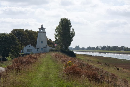 Sir Peter Scott lighthouse - photo borrowed (with apologies) from the Wisbech People website