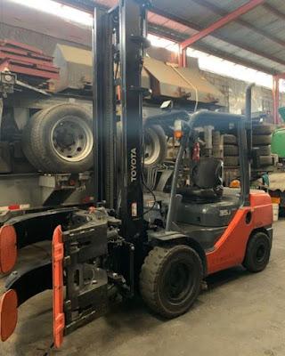 Xe nâng dầu diesel Toyota 3.5 tấn