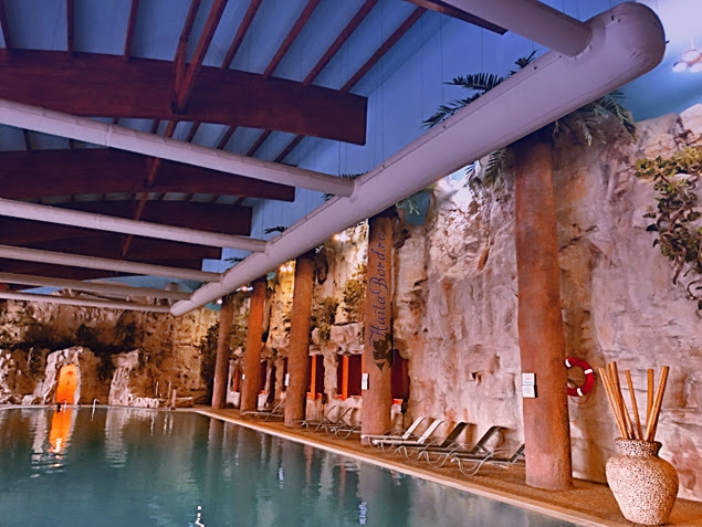 piscina aqua rock spa targu mures