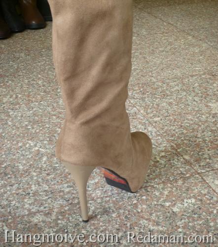 Boots cao cổ quá đầu gối, da lộn, gót nhọn, màu be 7 - Chỉ với 1.090.000đ