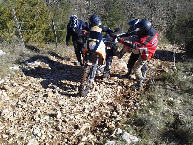 rando mixte 60/40 1er & 2 mars du Gard à Millau (boucle 450km) - Page 7 Photo-0003