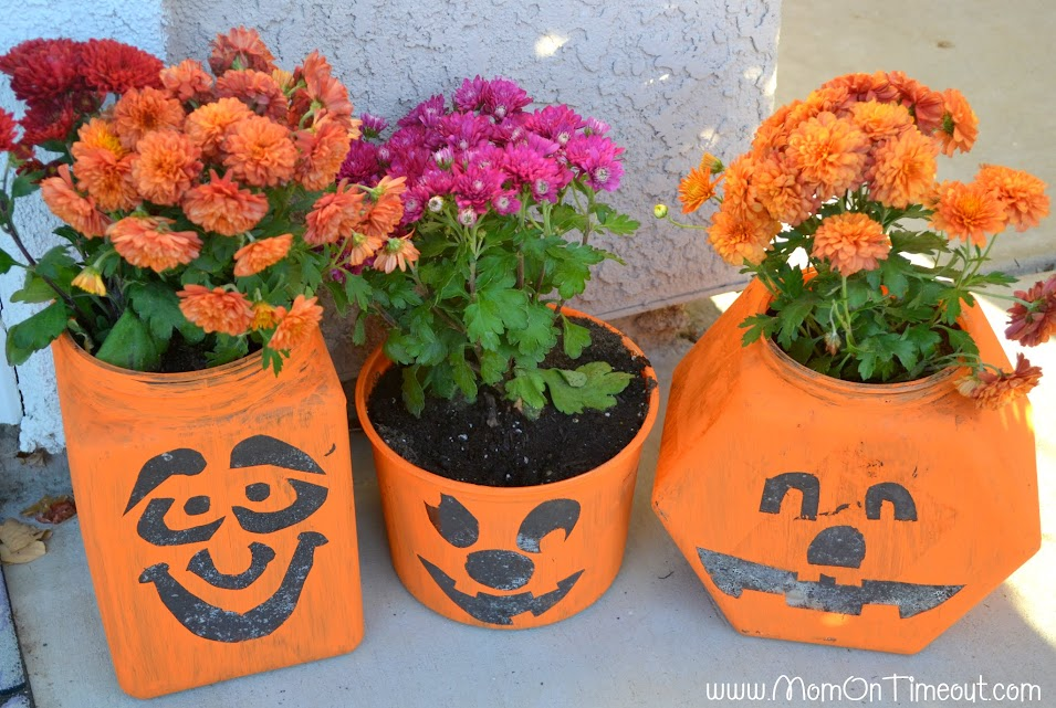 Pumpkin Planters | MomOnTimeout.com