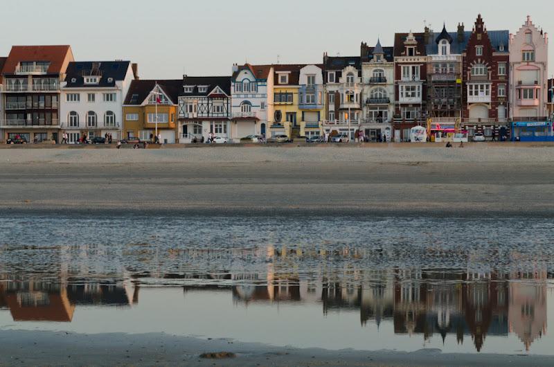 Maisons devant la plage de malo les bains for Maison et reflet lyon