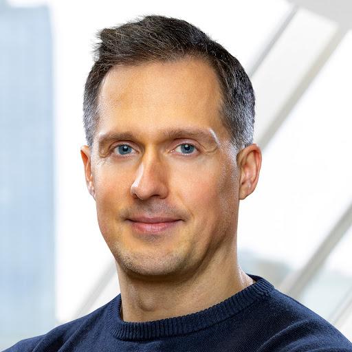 <b>...</b> Interview mit IT-Sicherheitsexperten Volker Röthel und <b>Ulrich Heun</b> - photo