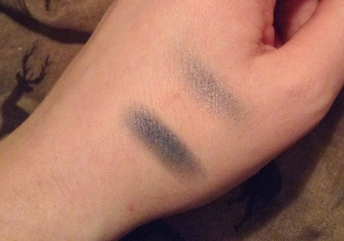 Picture of a swatch of Smooch Cosmetics Duo Eyeshadow