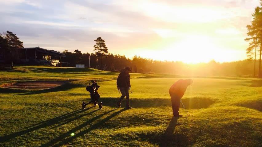 LENGE GRØNT: Slik ser det ut på Onsøy Golfklubb om dagen. De har åpent med vintergreener. (Foto: Onsøy GK)