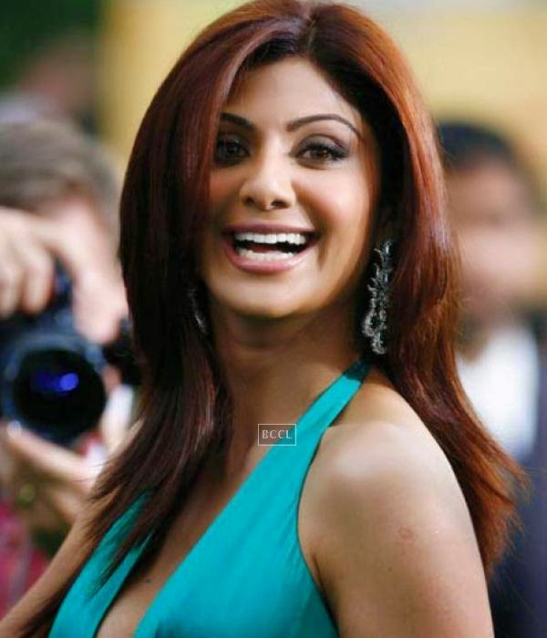 Shilpa Shetty received the most expensive wedding gift ever, when her husband gifted an apartment on the 19th floor of the tallest tower in the world - The Burj Khalifa, Dubai.